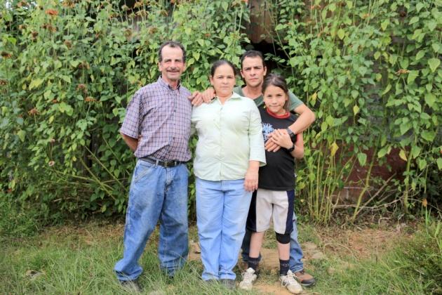FAMILY AGUILAR Armonia, Ambiental (Hospital tourism) Providencia, Dota 1.710m Forest Reserve, Los Santos, Costa Rica 2016