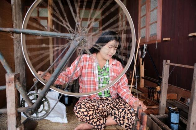 Lotus Weaver, Lake Myanmar 2015