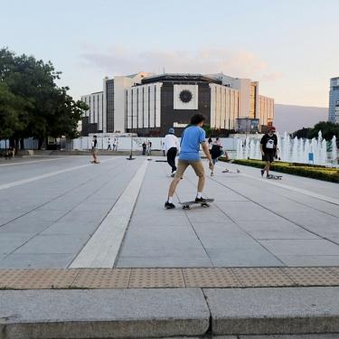 Erodoto108 Il Reportage di Viaggio Sofia - Istanbul, Bambine Gipsy e un soffice tappeto