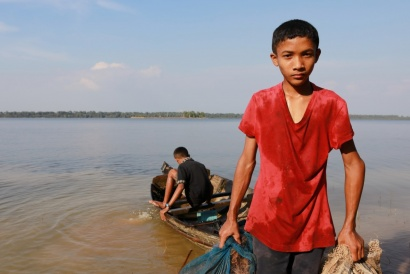 Tonle Sap lake,Young Fishermen Cambodia 2018