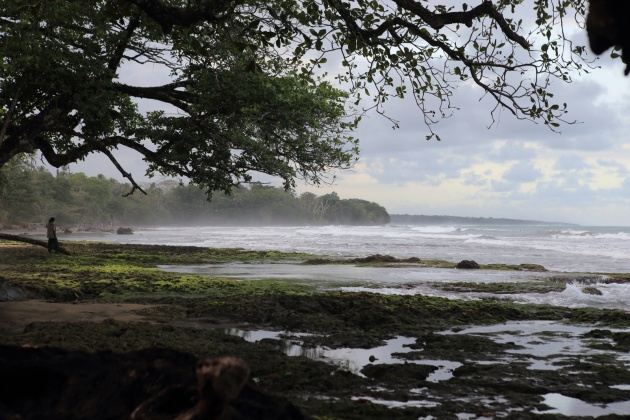 Puerto Vejo de Talamaca Costa Rica - Playa Salsa Brava  2016